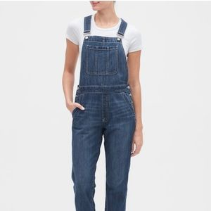 GAP Relaxed Denim Overalls SMALL never worn!